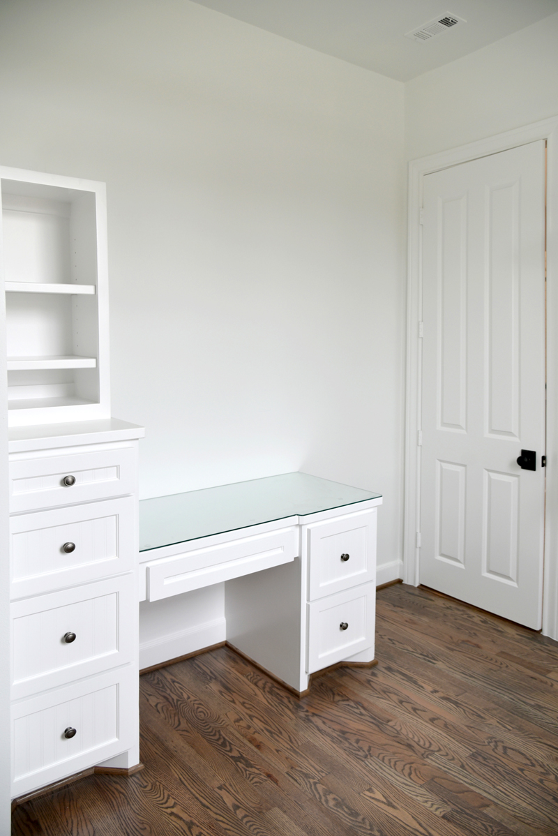 MasterBedClosetwDesk800px New Construction/ New Custom Home Builds