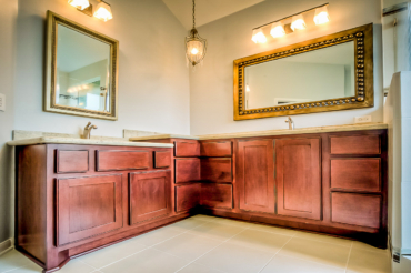 When Should You Hire a Home Remodeling Contractor?