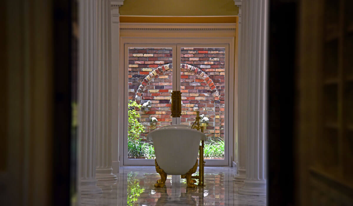 Master-Bathroom8-1-1200x700-min